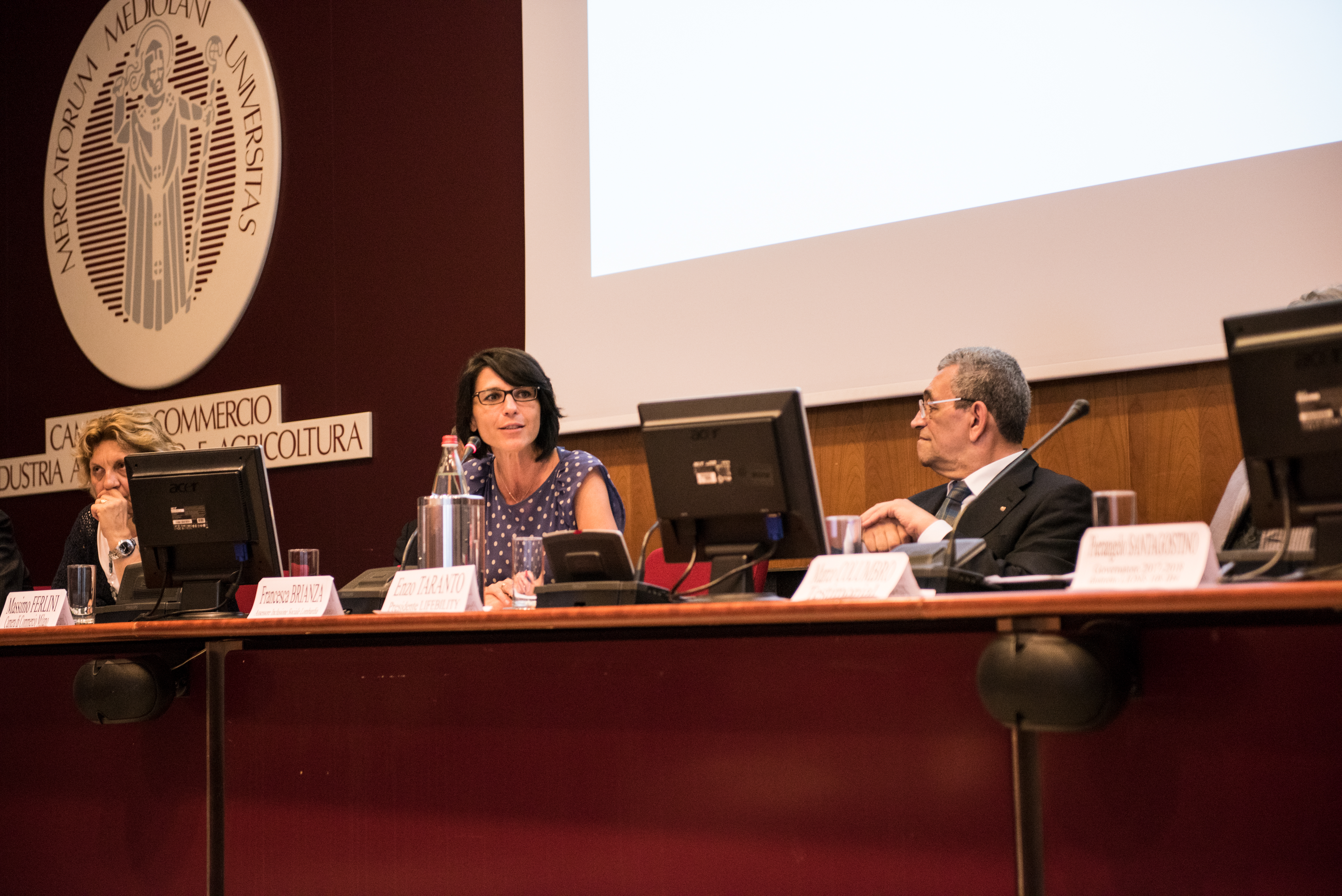 Da sinistra: Maria Grazia Demaria (Referente Progetto USR Lombardia), Francesca Brianza (Assessore Inclusione Sociale Lombardia), Enzo Taranto (Presidente Associazione Lifebility).